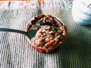 This Sticky Salted Caramel Oatmeal is an amazing breakfast! You would never guess that it's healthy!
