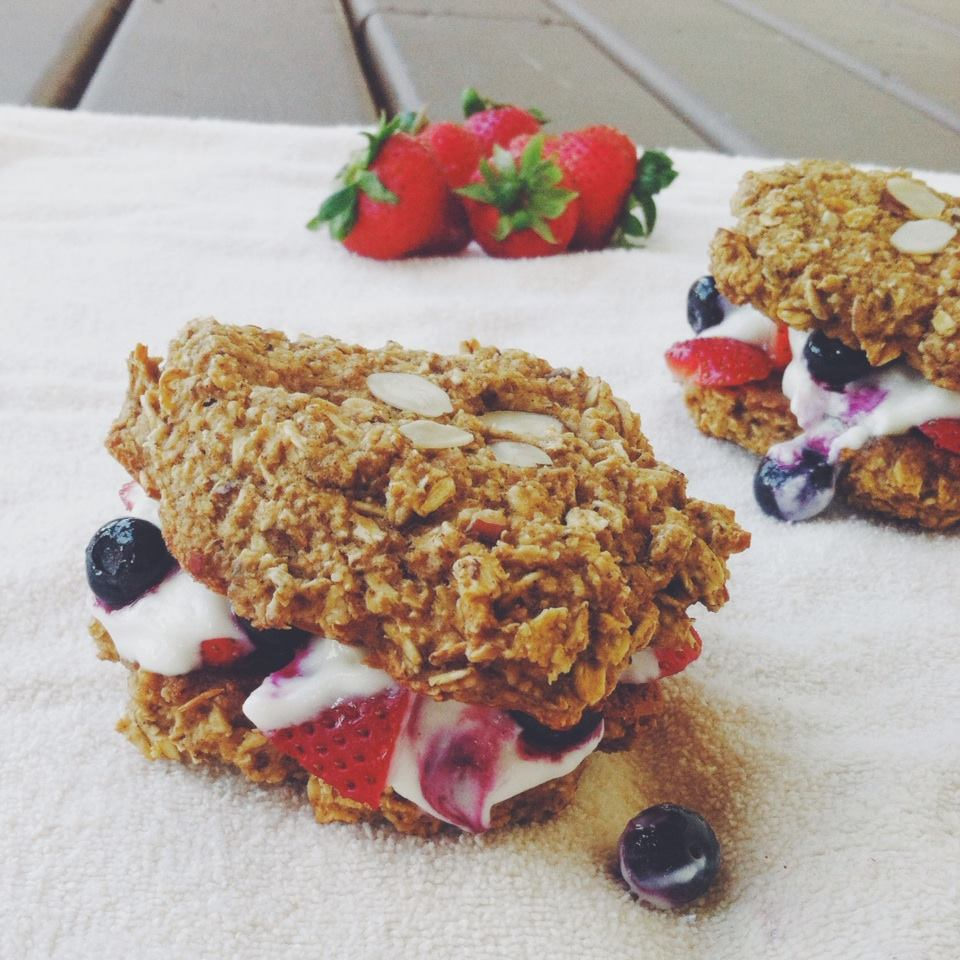 Healthy 4th Of July Dessert: Berry And Coconut Cream