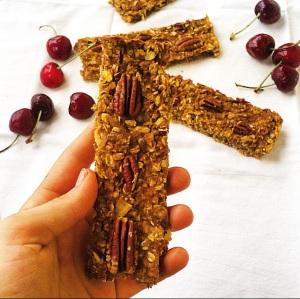 cinnamon pecan pumpkin granola bars