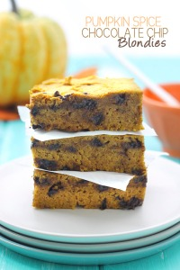Pumpkin-Spice-Chocolate-Chip-Blondies