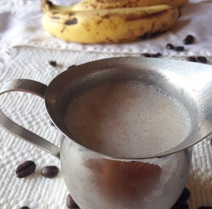 This Dairy-Free Banana Bread Coffee Creamer tastes delicious in coffee without all of the added sugar and preservatives!